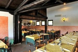 Unscheinbares Äußeres - gute italienische Küche: Das Restaurant Camping del Sole FOTO: Camping del Sole